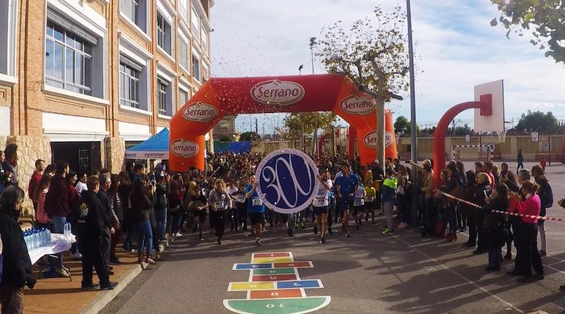 """Más de 700 personas participan en la III Carrera Solidaria """"Gente Pequeña"""" en el Colegio La Salle de Paterna"""