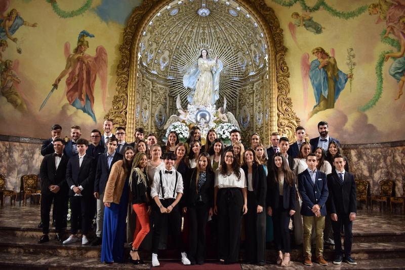 Los alumnos de Grupos Lasalianos de 1º de Bachillerato reciben el Sacramento de la Confirmación